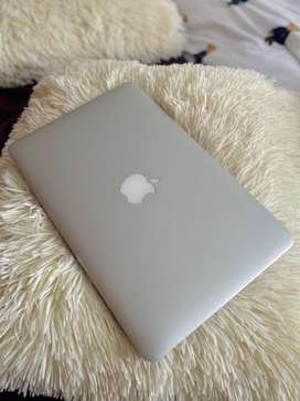 Macbook Air modelo 2014