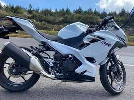Kawasaki Ninja 400cc 2020 como nueva!