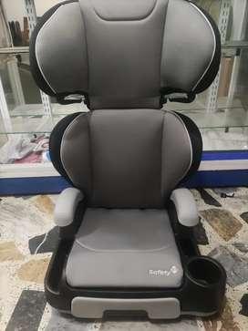 Vendo cambio permuto hermosa silla de niño para carro americana marca Safety 1st como nueva