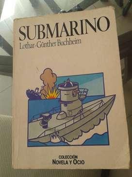LIBRO USADO SUBMARINO EN BUEN ESTADO COLECCIÓN.