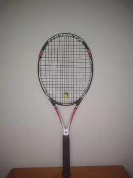 Vendo Raqueta Wilson Impecable