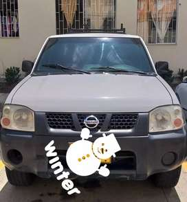 Vendo camioneta Nissan frontier 4x4 2010