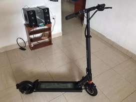 VENOM 800W scooter