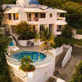 Impresionante, villa abierta de 3 plantas con hermosos balcones con vistas a El Rodadero y al mar, 10 min de Santa Marta