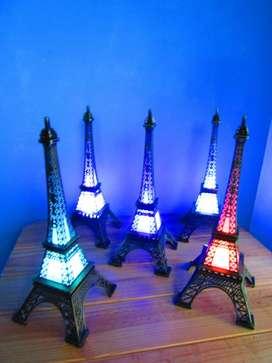 10 Torre Eiffel 32 Cm con Luz DE METAL. 6500 LA PLATA