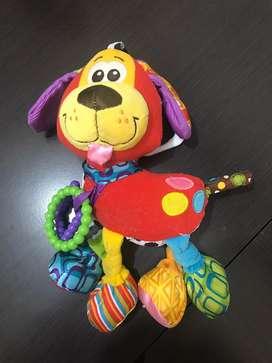 Muñeco perro sensorial