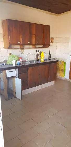 Alquilo casa en Benavidez