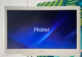 Haier 24'' LED TV con DVD
