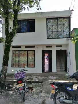 Casa y dos apartamentos en cimitarra Santander