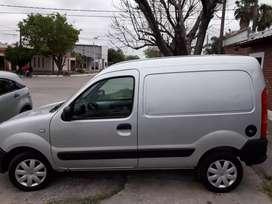 Kangoo furgon con aire nafta muy buen estado