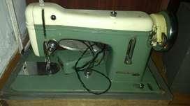 Maquina de Coser Godeco Antigua