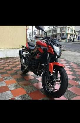 Moto kawasaki Z250 SL