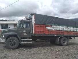 Vendo camión en buen estado, matricula al día ,de compañía precio del camion 15.000 dolares negociables