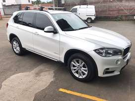 URGE VENDER BMW X5