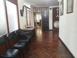 Yanahuara cerca plaza alquilo casa ideal, clinica, consultorios, oficinas, empresa, spa, etc  S/. 2,600.00