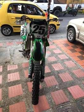 Se vende Kawasaki  KX 450