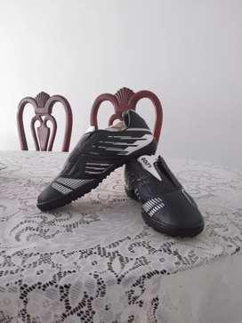 Zapatos GOLTY originales NUEVOS - guayos clásicos sin taches