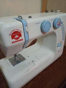 Máquina de coser Familiar