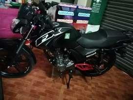 Vendo moto modelo motor 1 FX año 2019 casi nueva o detalles