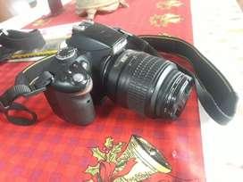 Vendo camara Nikon D3200 seminueva