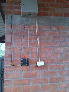 Fabricación y reparación de impulsores para cercas eléctricas
