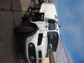 Mercedes Benz 1114 con barredora Scorza AS 5000