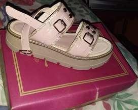 Vendo sandalia de nena en talle 36 usada en buen estado