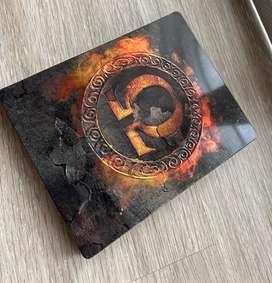 God of War edición limitada. Incluye estatua
