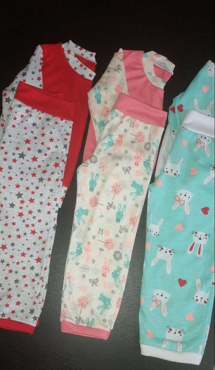 Pijamas y gorritos. Niñas-Niños, todas las edades! 0