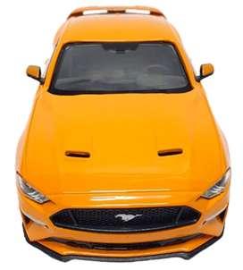 Ford Mustang GT 2018, 1:24 Mide 22 Centímetros de largo, Metálico