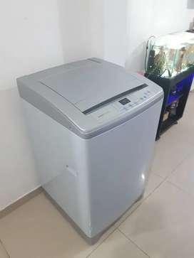 Se vende lavadora electrolux de 24 libras