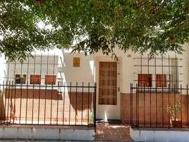 MALDONADO 280, Casa, sobre lote de 10 x 30.-3 dormitorio, garaje 2 autos y patio.-