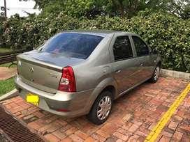 Renault Logan Familier AA modelo 2012