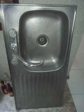 Lavaplatos en acero inocidable