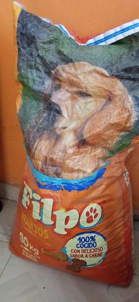 Se vende comida para perro en buen estado y de calidad