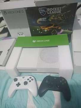 Xbox one S en perfecto estado físico y funcional