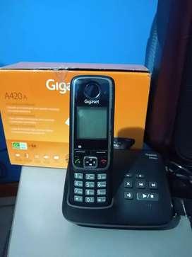 Vendo Teléfono inalámbrico GIGASET mod. A420A ,con contestador automat. integrado, Made un Germany