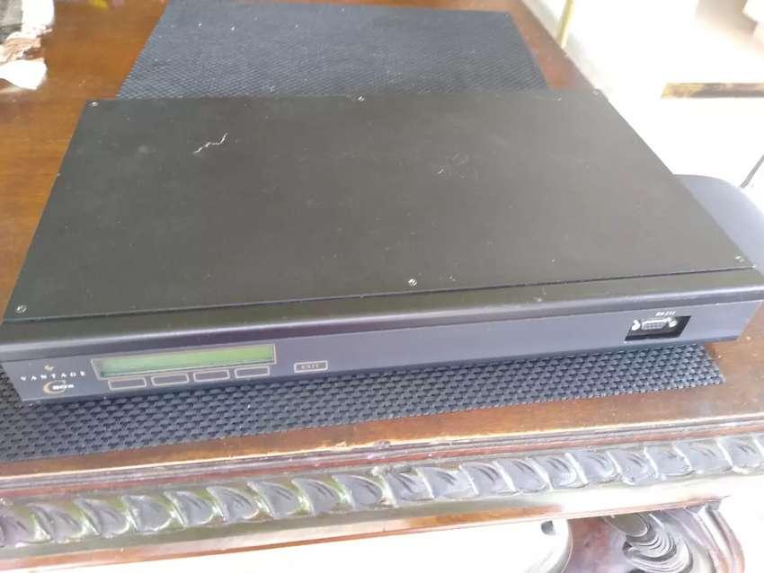 APARATO ELECTRÓNICO VANTAGE BOX MODELO RS-232 CON RADIO  LINK DE SEGUNDA PERFECTO ESTADO 0
