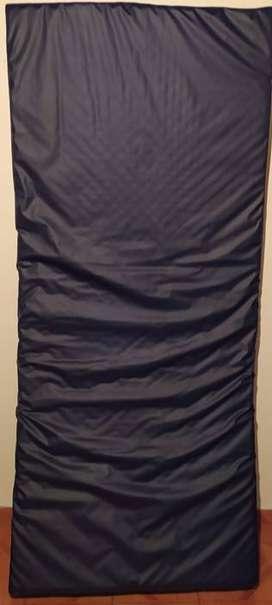 Colchón Clínico Anti Escaras 100% Impermeable. 100cmx190