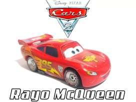 CARS 2 (RAYO MCQUEEN) DISNEY/PIXAR - Mattel