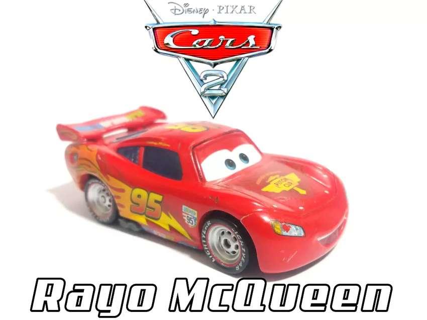 CARS 2 (RAYO MCQUEEN) DISNEY/PIXAR - Mattel 0
