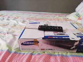 Se vende blu-ray3d disc player /DVD player