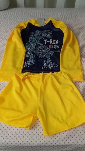Vestido de baño talla 8 dinosaurios NUEVO