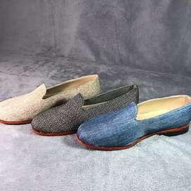 Zapatos elegantes de hombre