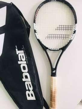 Raqueta De Tenis Babolat Evoke 102  CON FUNDA y ENCORDADO