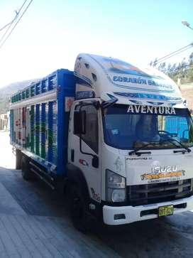 Vendo mi camion isuzu de 8 toneladas año 2013 por motivo de salud bien cocerbado
