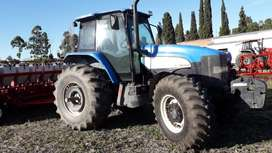 Tractor New Holland TM 7040 2010