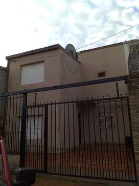 Vendo casa dúplex en Villa cabello,