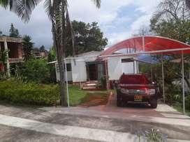 Venta de casa quinta con lote en condominio propiedad horizontal