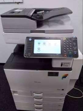 fotocopiadora marca ricoh mp C4502 color importada, como nueva